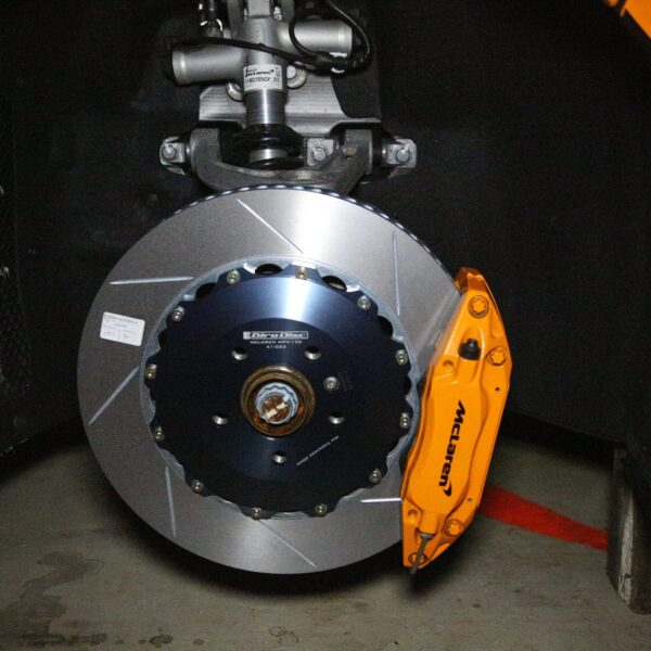 Front Iron Rotor Conversion for McLaren MP4-12C/570s/650s/675LT by Girodisc